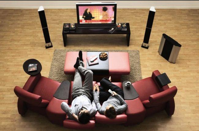 Установка акустики в домашнем кинотеатре