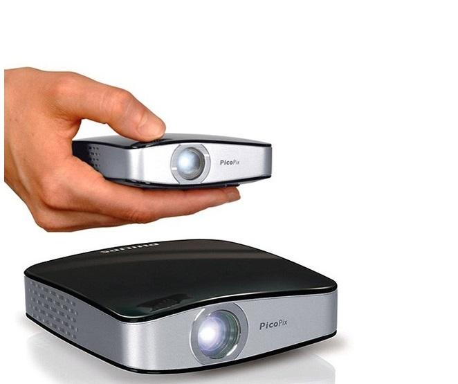 Компактный проектор